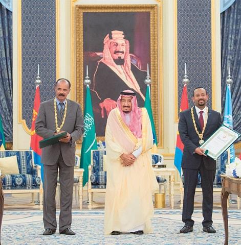 Jeddah: Saudi King Salman (centre) meets Eritrean President Isaias Afwerki (left) and Ethiopian Prime Minister Abiy Ahmed.—AP