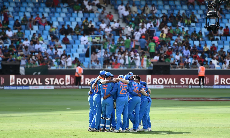 بھارت ایک سال کے دوران ون ڈے کرکٹ کی سب سے کامیاب ترین ٹیم رہی جس نے لگاتار 8 ون ڈے سیریز اپنے نام کی تھیں— فوٹو: اے ایف پی