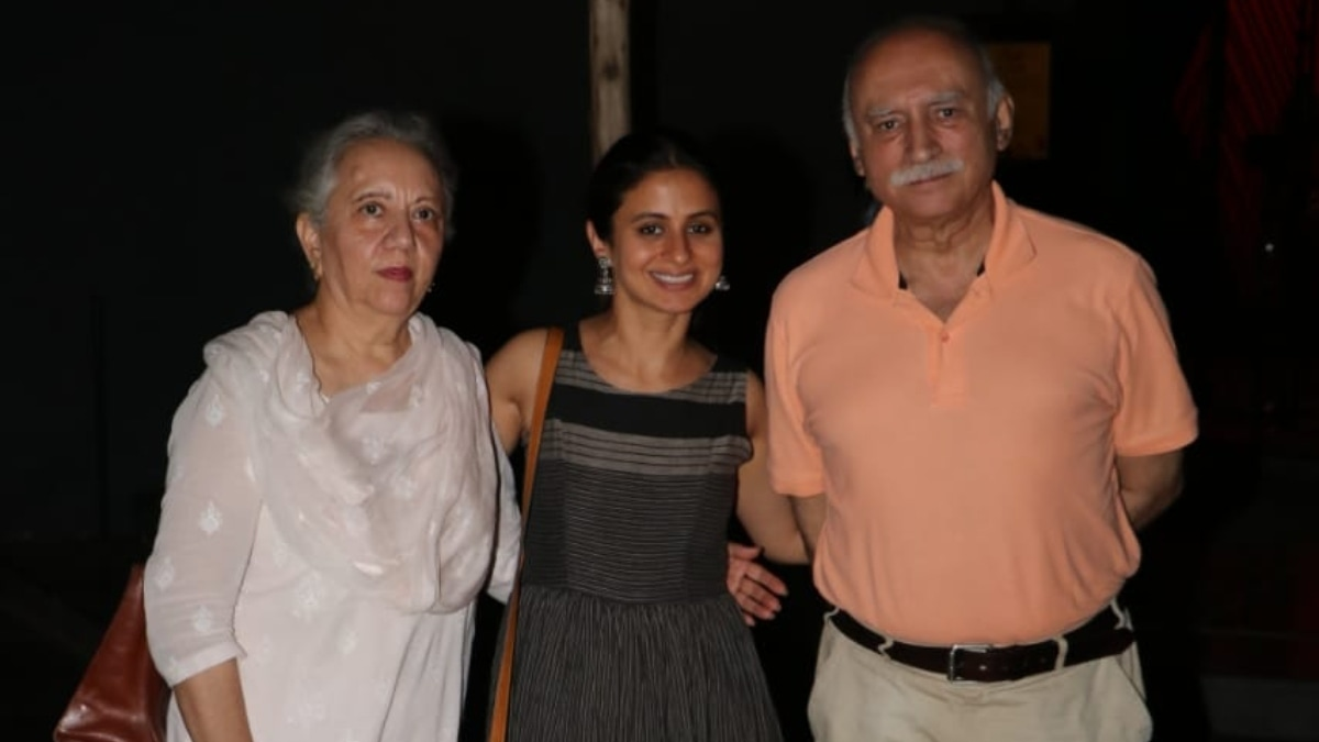 Nusrat and Shahid Jalal with Rasik Dugal who played her mother Safia in Manto