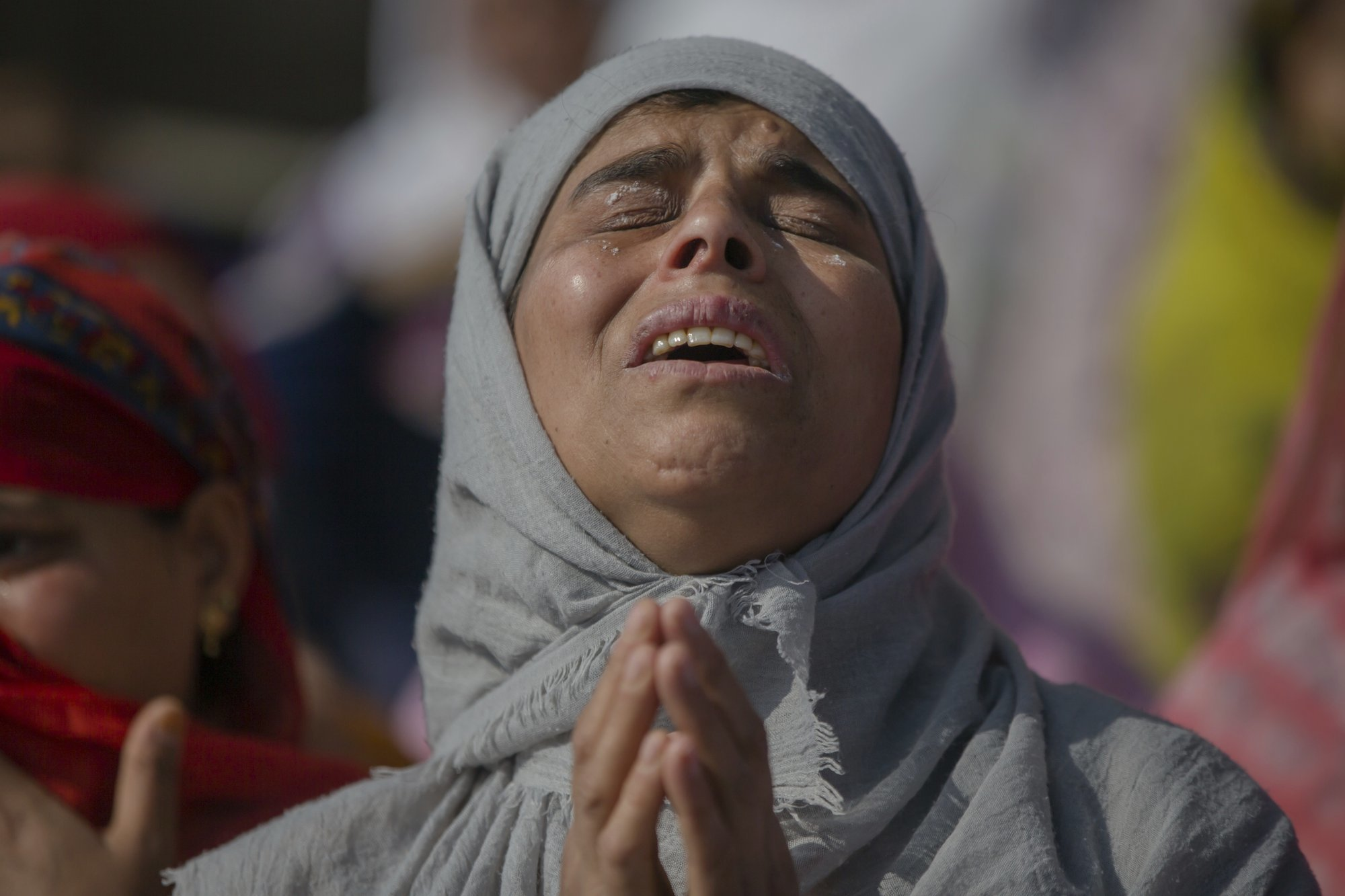 A Kashmiri woman grieves during the funeral of Mohammad Saleem Malik, a civilian, in Srinagar, on Thursday. — AP