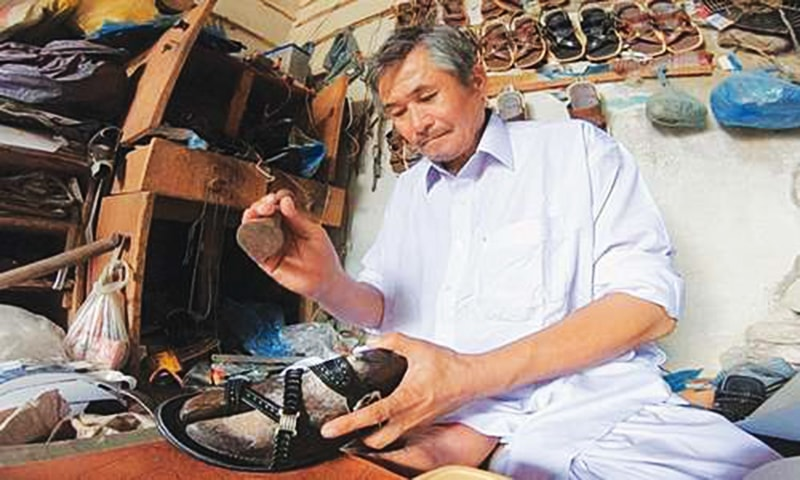 Shoemaking requires working for 15-16 hours straight, a craft that the Hazara community has perfected over the years.—BBC