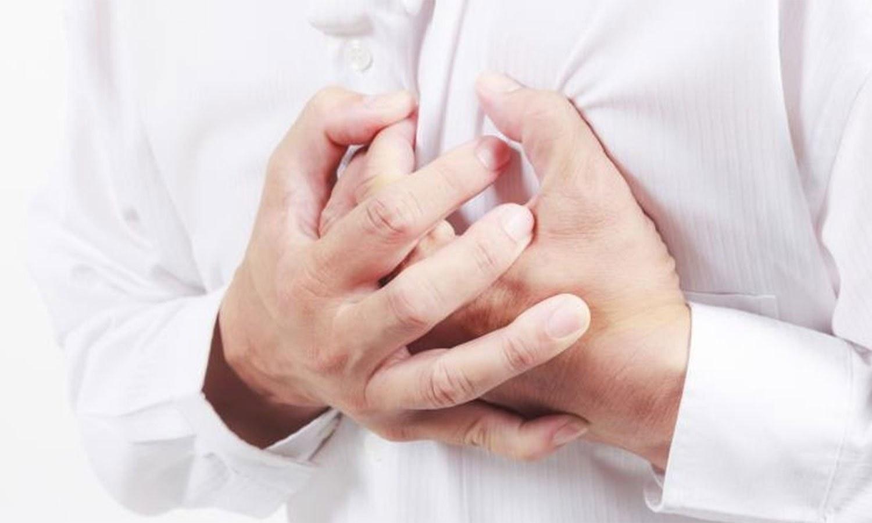 امراض قلب سے بچانے میں مددگار غذائیں