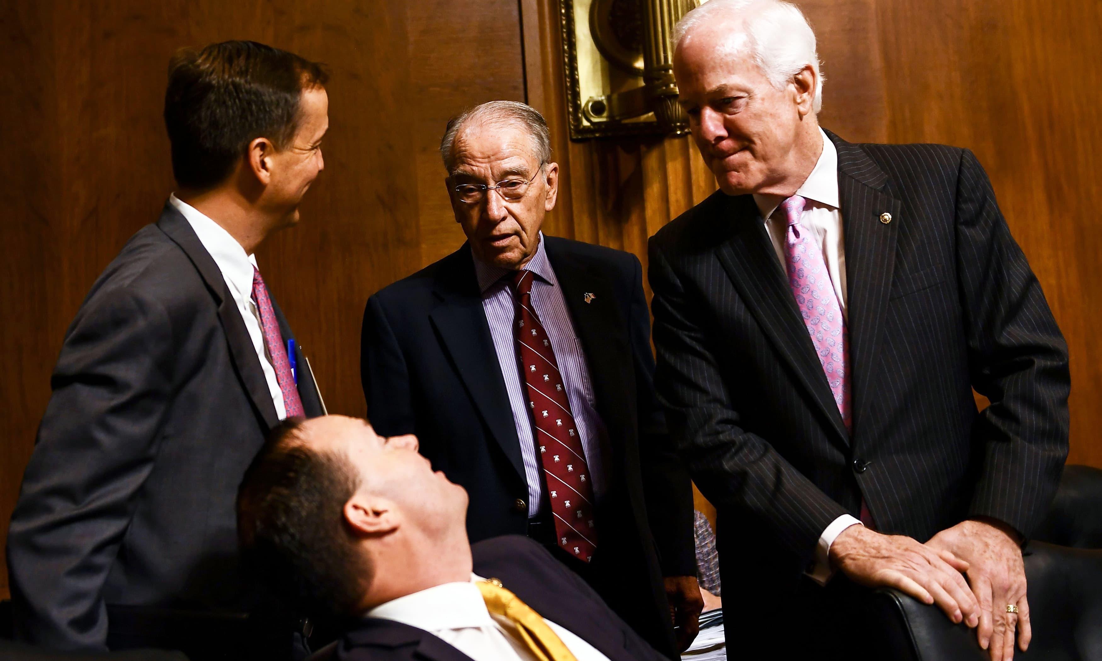 GOP agrees to FBI probe of Trump's Supreme Court pick Kavanaugh, delaying Senate vote