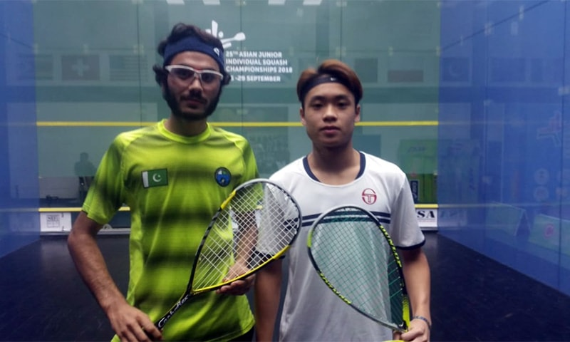 Abbas Zeb (L) bagged a gold medal in the U-19 category. — Photo courtesy: India Squash Twitter account