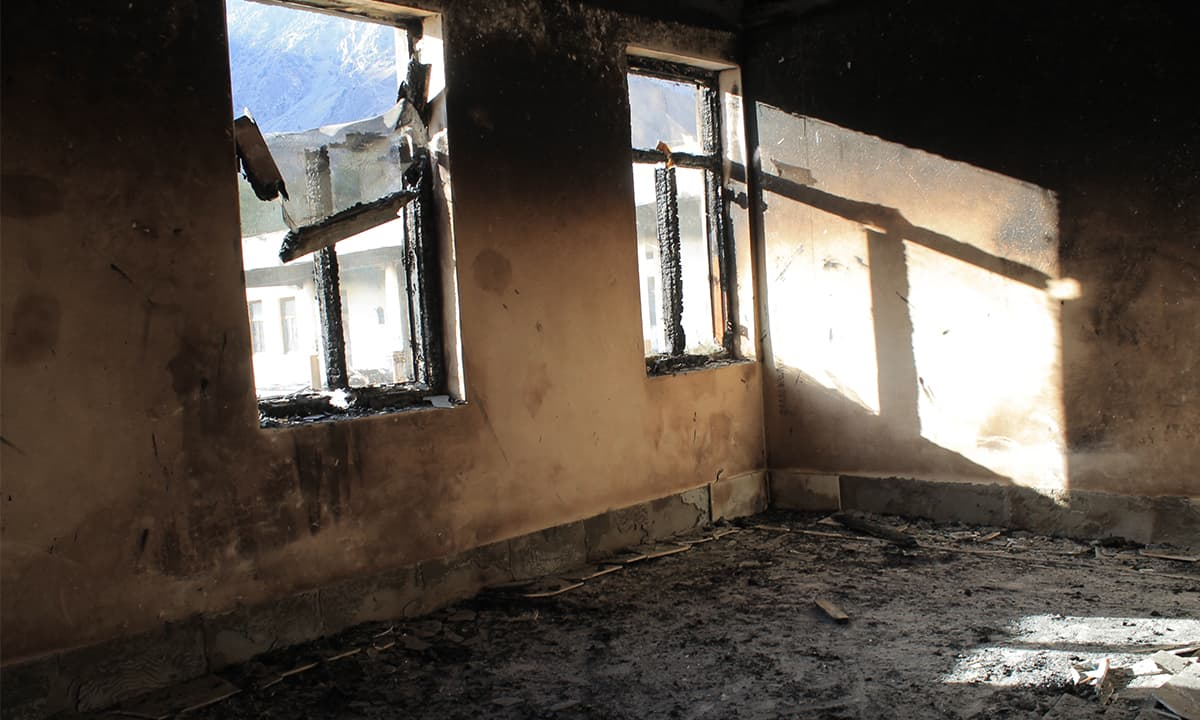 A room inside one of the schools burnt in Darel valley | Photo by Ghulam Dastageer