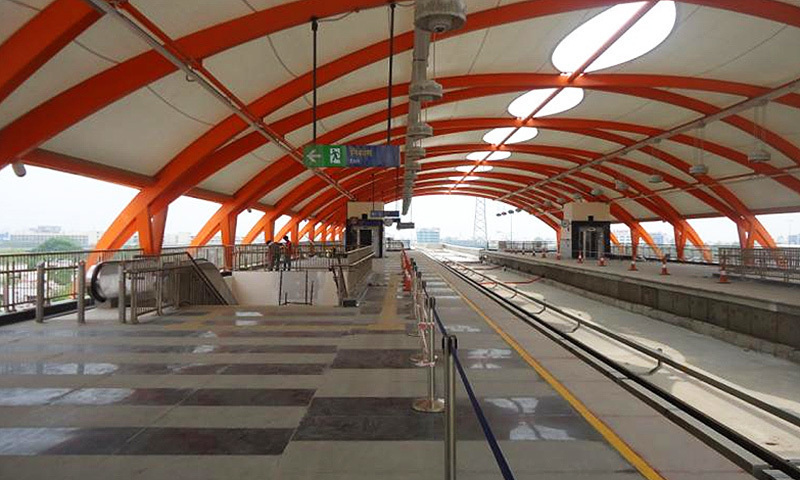 SC allows govt to revise cost of Orange Line train project