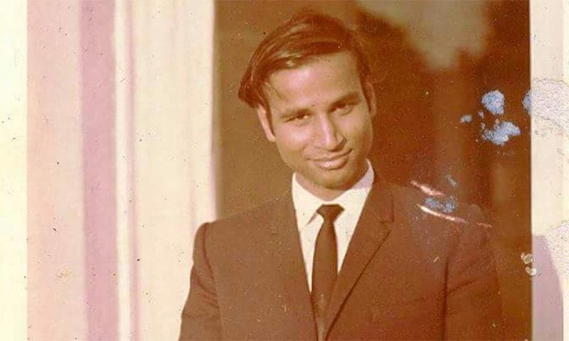 Veteran journalist Shaikh Aziz. ─ Photo by author