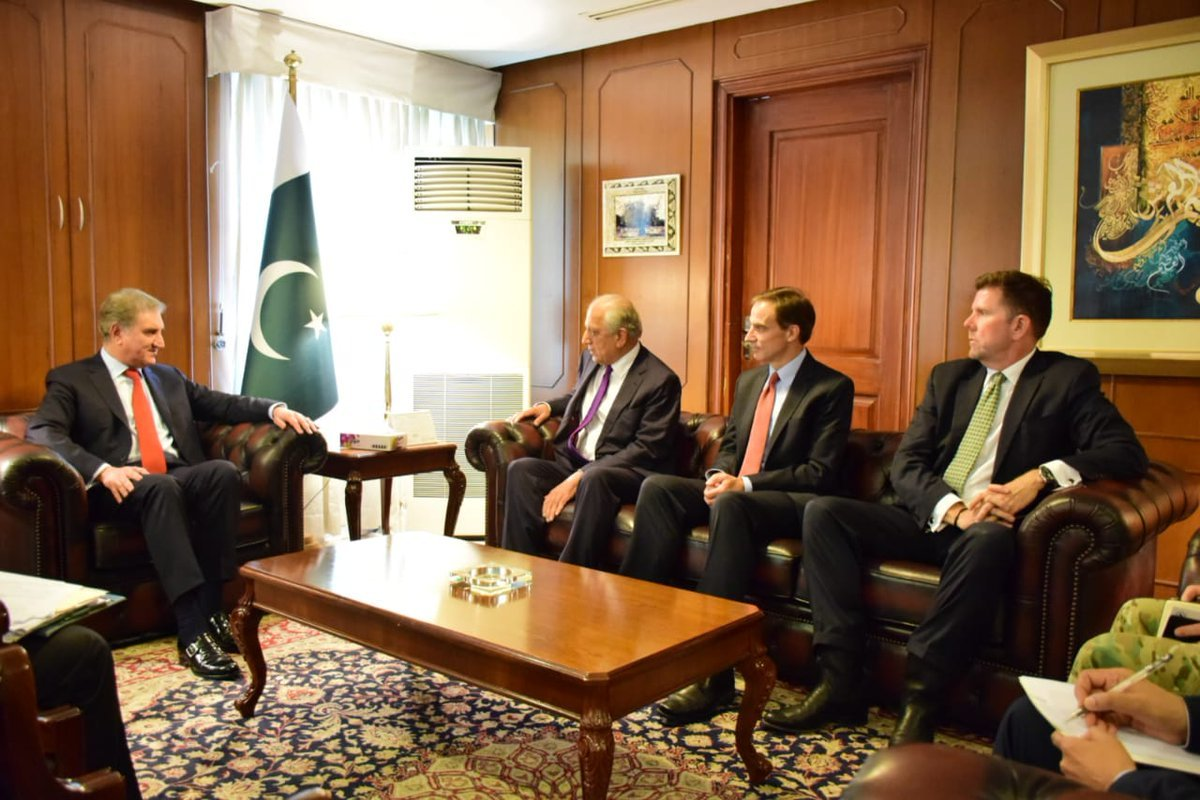 FM Qureshi meets US delegation in Foreign Office on Tuesday. ─ Pakistan Government via Twitter