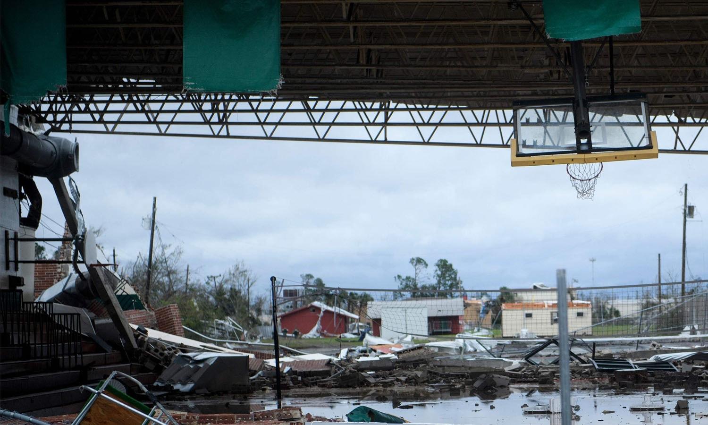 فلوریڈا میں ایمرجنسی نافذ کردی گئی ہے — فوٹو: اے ایف پی