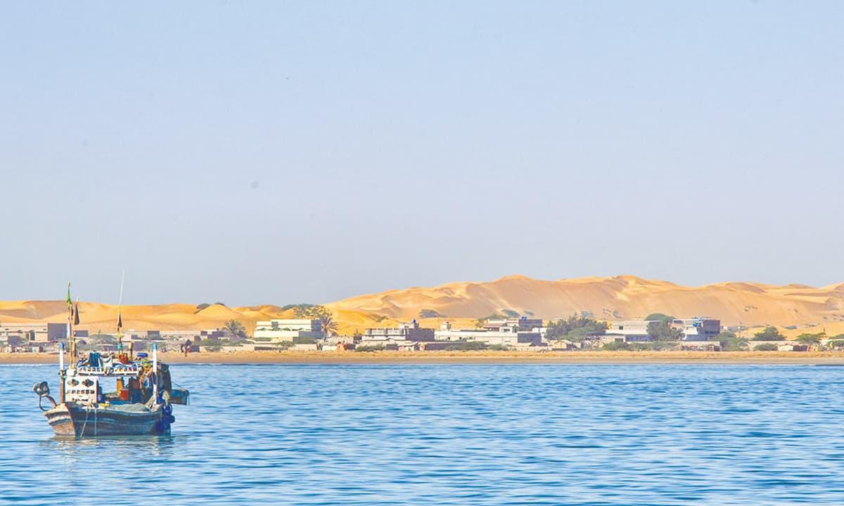 The golden sand dunes of Pasni | Abbas Ali Toor