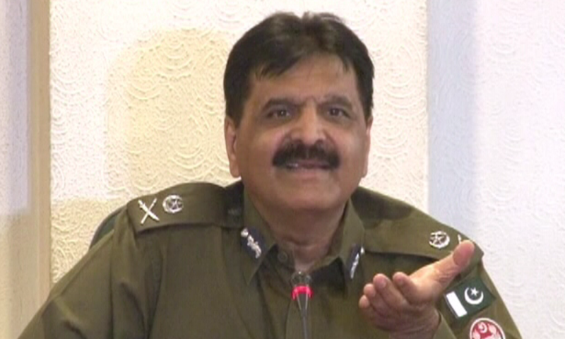 Amjad Javed Saleemi talks to media after taking charge as IGP Punjab. — Screengrab DawnNewsTV