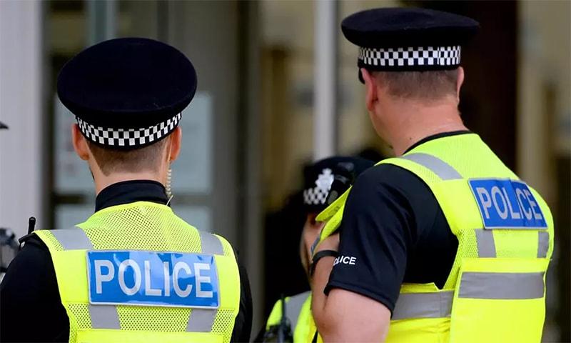 رپورٹ کے مطابق مذہبی منافرت کے جرائم کے حوالے سے پولیس کے کام میں واضح بہتری آئی ہے— فائل فوٹو: اے ایف پی