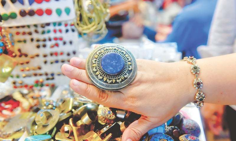 Zainab Market's a favourite among foreigners for its Sindhi handicrafts