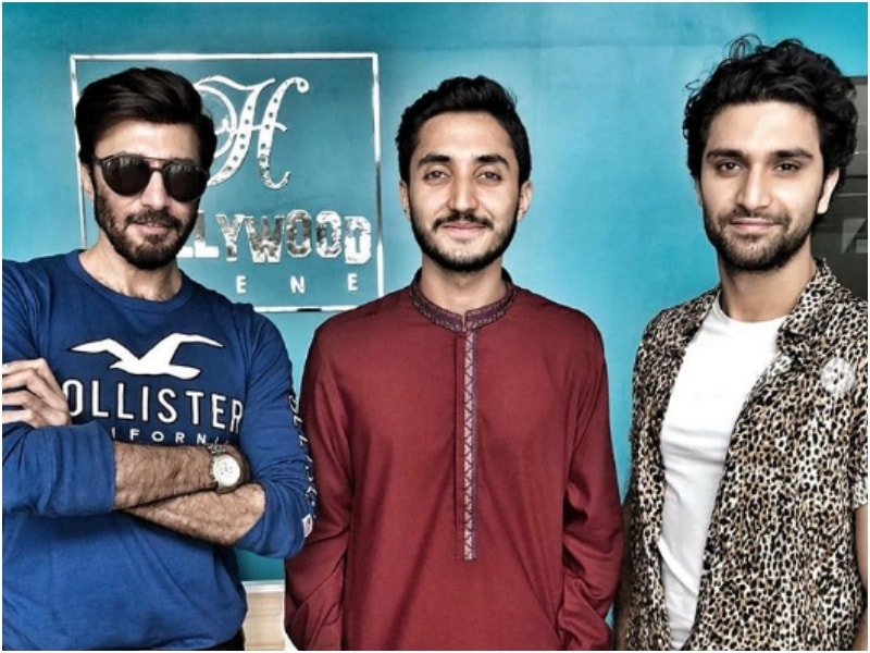 Ahad with Kalasha actor Aijaz Aslam and director Farrukh Turk at the Hollywood Scene office
