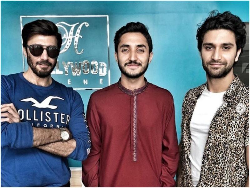 Ahad with Kalasha actor Aijaz Aslam and director Farrukh Turk at the Hollywood Scene office