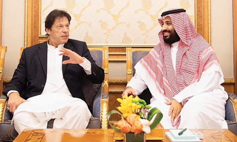 RIYADH: Prime Minister Imran Khan in conversation with Saudi Crown Prince Mohammed bin Salman on Tuesday.—Online