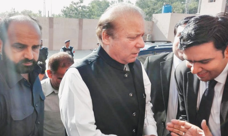 ISLAMABAD: Former prime minister Nawaz Sharif arrives at the accountability court on Tuesday.—Online