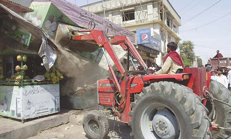 SC wants Karachi encroachments cleared within 15 days