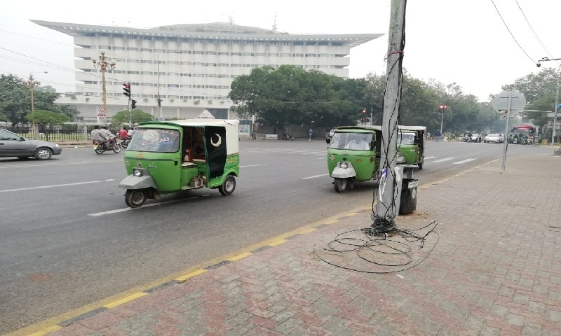 Public transport resumed in Lahore. — Photo courtesy: Nauman Liaquat