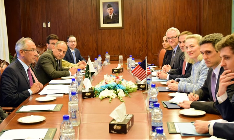 US diplomat Alice Wells holds delegation-level talks with FO officials. — Photo: FO