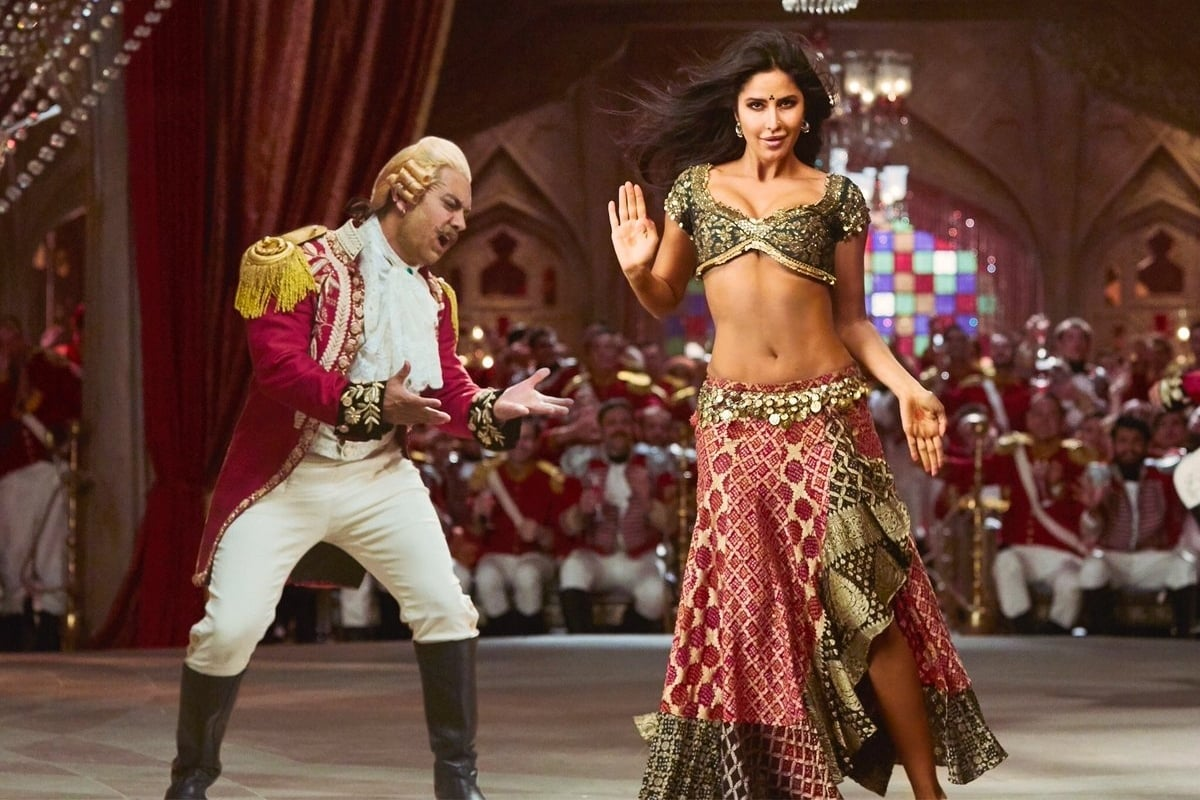 Katrina Kaif in item girl mode