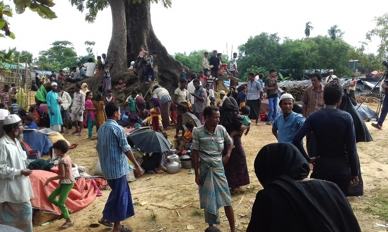 Rohingya people find refuge at Kutupalong refugee camp near the town of Ukhia in Bangladesh's Cox's Bazar district on August 29, 2017. — AFP/File photo
