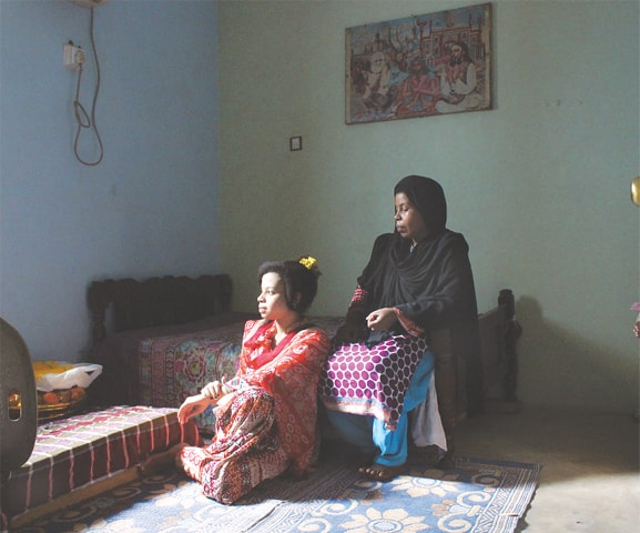 Lubna and her daughter, Laraib