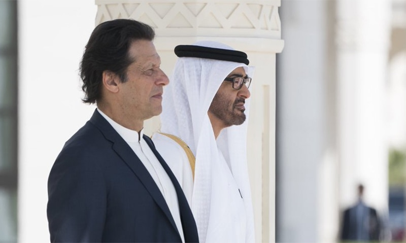 Abu Dhabi Crown Prince Sheikh Mohammed bin Zayed receives PM Imran Khan at the Presidential Palace in Abu Dhabi. ─Photo courtesy Mohamed Bin Zayed Twitter