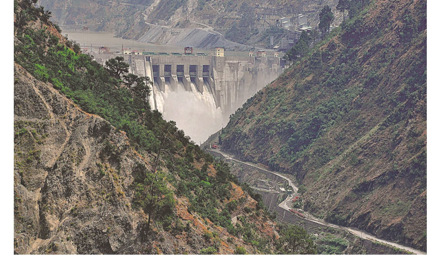 The Baglihar Dam is similar in design to India's design for the Kishanganga Project featuring low-level outlets. Photo courtesy ICIMOD