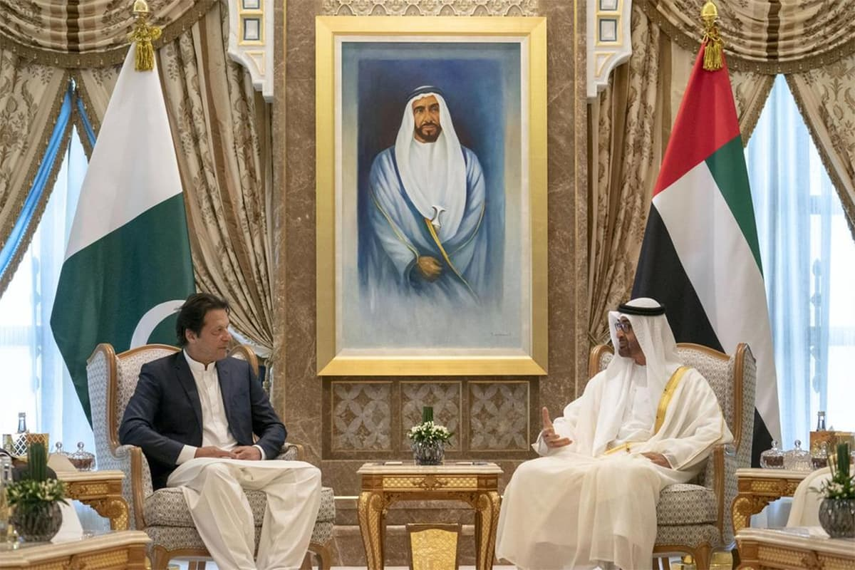 Prime Minister Imran Khan meets Crown Prince of Abu Dhabi and Deputy Supreme Commander of the Armed Forces Sheikh Mohamed bin Zayed, at the Presidential Palace in Abu Dhabi. — Photo courtesy UAE  Ministry of Presidential Affairs