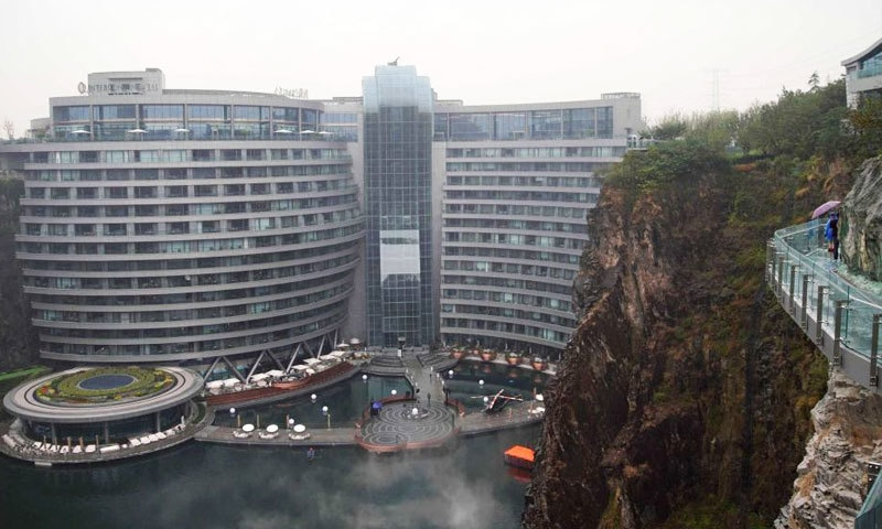 ہوٹل کی تعمیر میں 12 سال لگے—فوٹو: زنوا