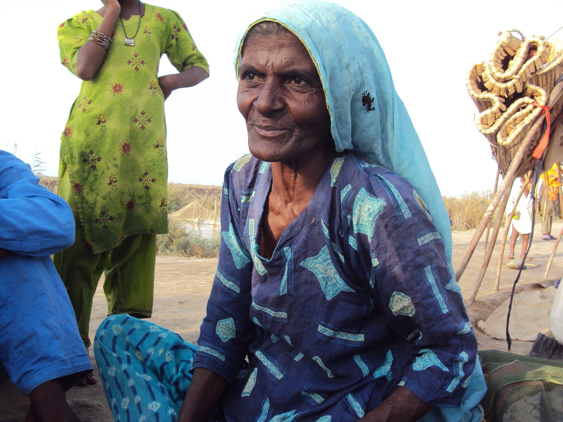 مائی ہاجو کی وہ آخری مسکراہٹ جو تصویر میں قید کی گئی—تصویر ابوبکر شیخ