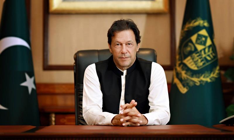 وزیراعظم نے 100 روزہ کارکردگی بتانے کے دوران پولٹری کے منصوبے کا اعلان کیا تھا—فوٹو بشکریہ عمران خان آفیشل