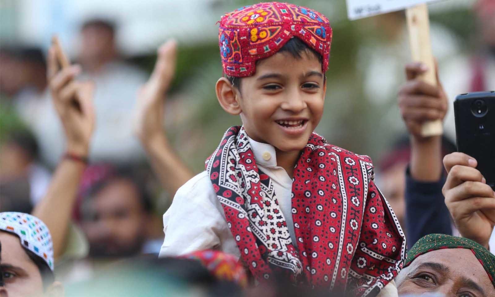 اس دن کو منانے کی روایت نے سندھ کی دم توڑتی ثقافت میں نئی روح پھونک دی ہے—فوٹو: وقاص علی