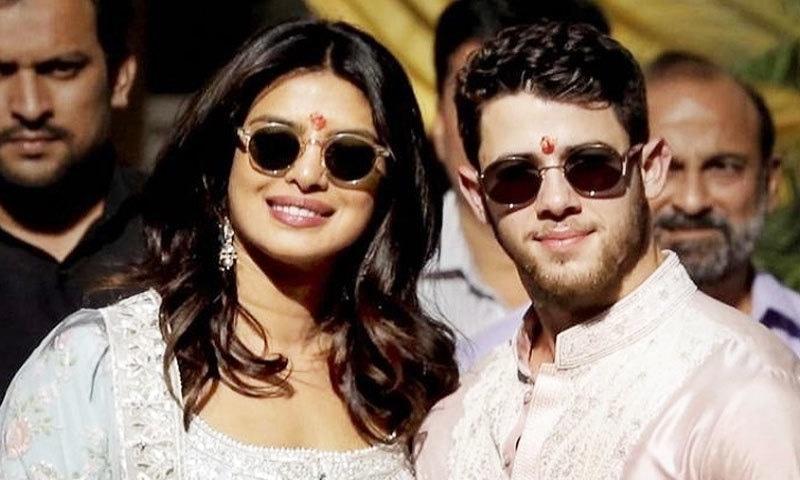 جوڑا ابھی شادی کی دعوتوں میں بھارت میں ہی مصروف ہے—فوٹو: دی وائز جینڈر