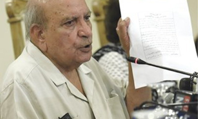 Rights activist I.A Rehman says government should take all stakeholders into confidence. — File photo