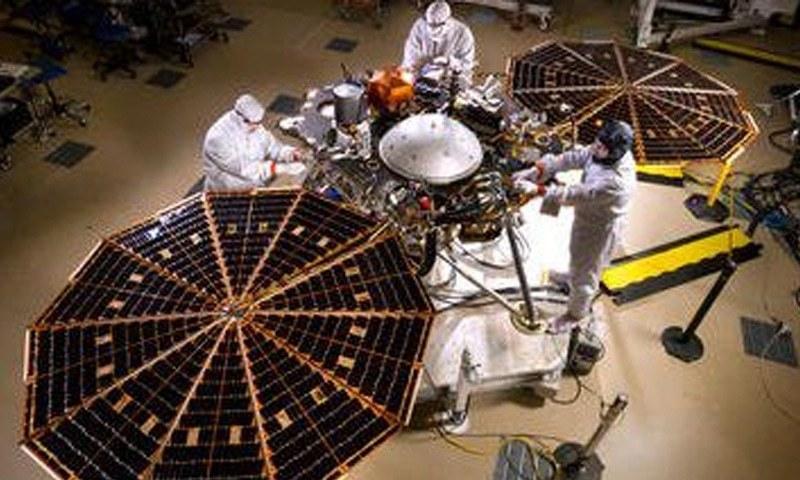 ناسا کی جانب سے مریخ پر بھیجا گیا آٹھواں کامیاب خلائی مشن ہے—فوٹو بشکریہ ناسا
