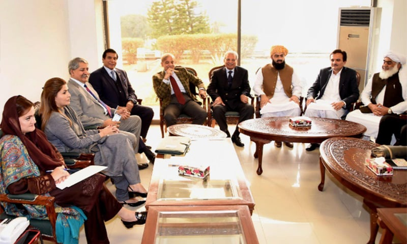 Leader of the Opposition Shahbaz Sharif in a meeting with leaders of other opposition parties. — Photo: PML-N Twitter