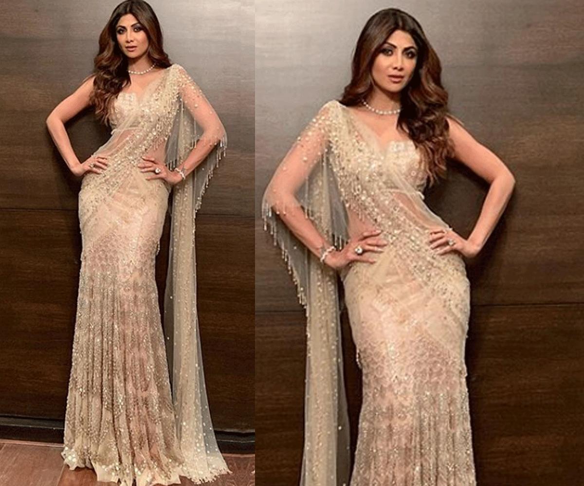 Shilpa working that sari.