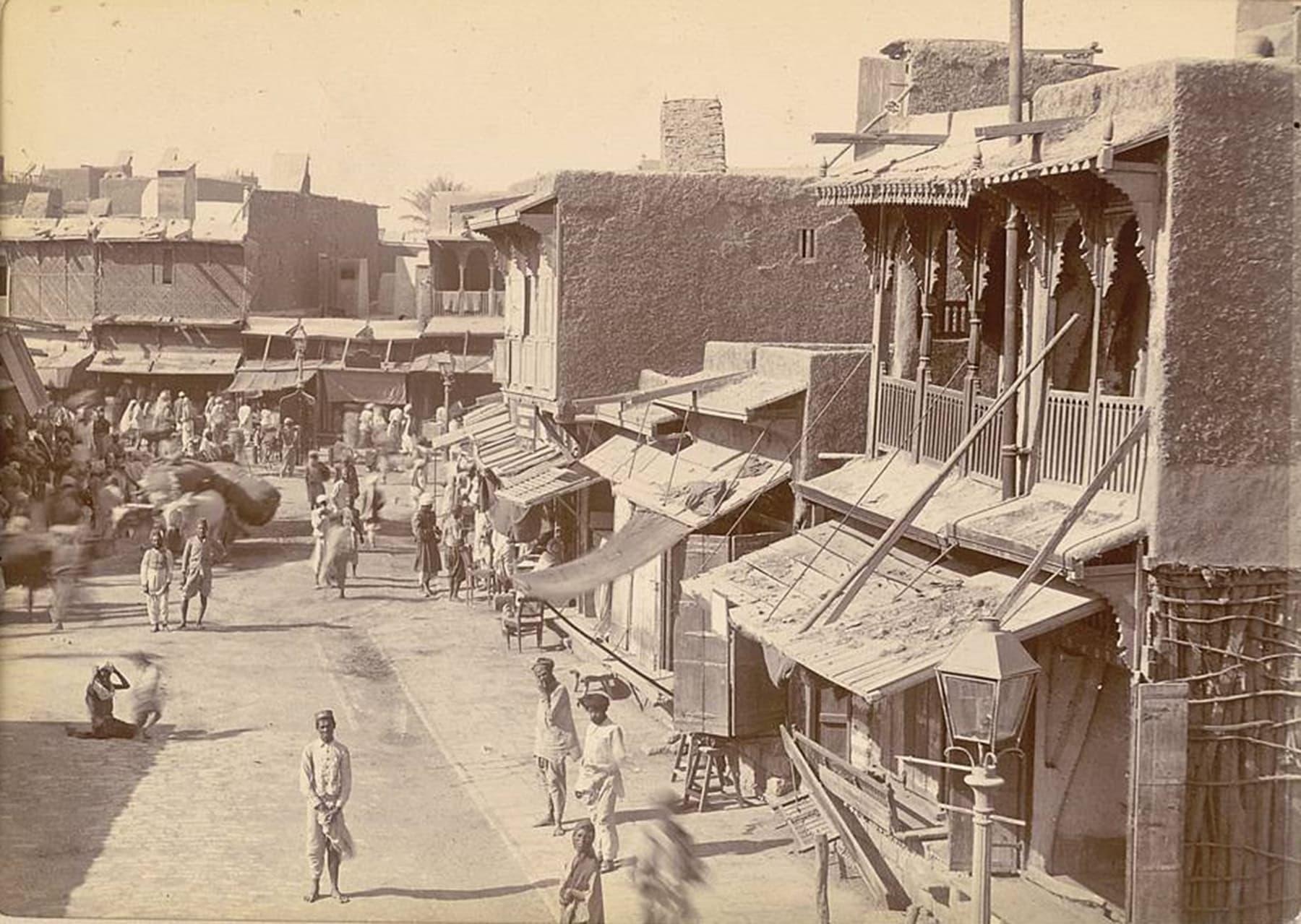 کراچی کے ایک بازار کا منظر