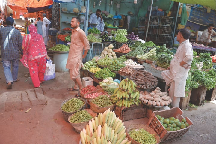 Fruit and vegetable vendors are equally hit as retailers of mass-produce