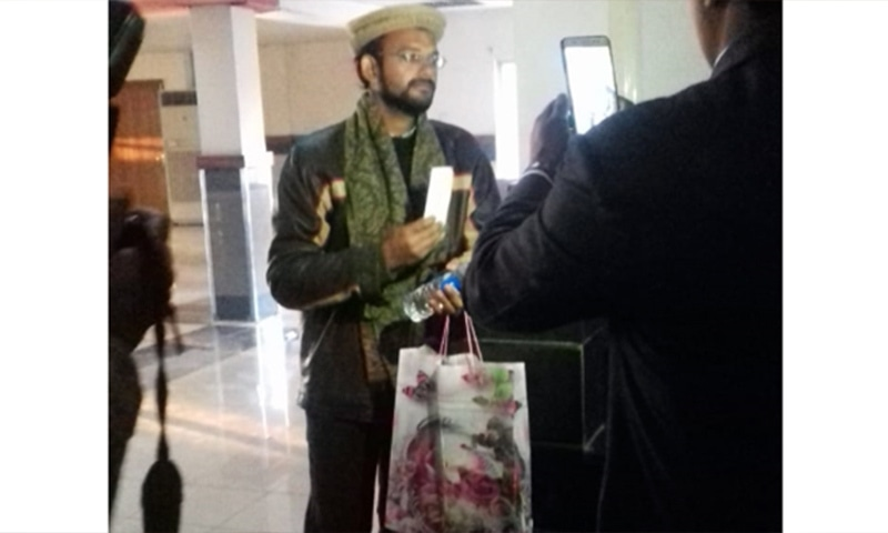 Indian convicted spy Hamid Nehal Ansari at the airport after his release. — Photo provided by author
