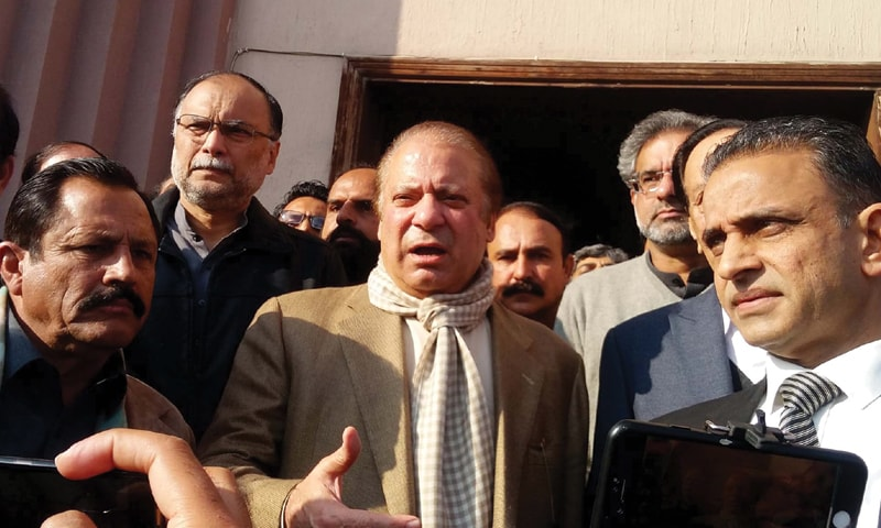 ISLAMABAD: Former prime minister Nawaz Sharif talking to journalists after the case hearing at the accountability court on Wednesday.—PPI