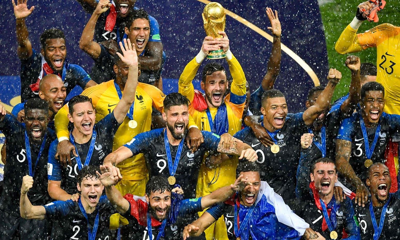 فرانس نے کروشیا کو شکست دے کر عالمی چیمپیئن بننے کا اعزاز حاصل کیا تھا— فوٹو: اے ایف پی