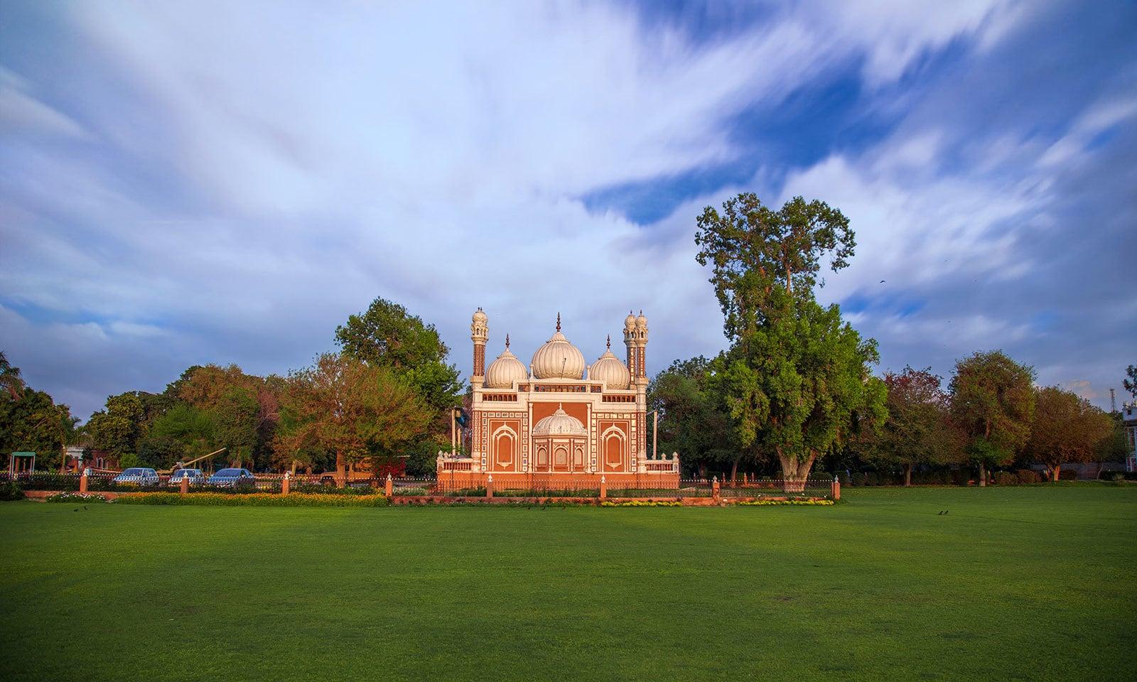 شاہی مسجد، دربار محل، بہاولپور — شٹر اسٹاک فوٹو
