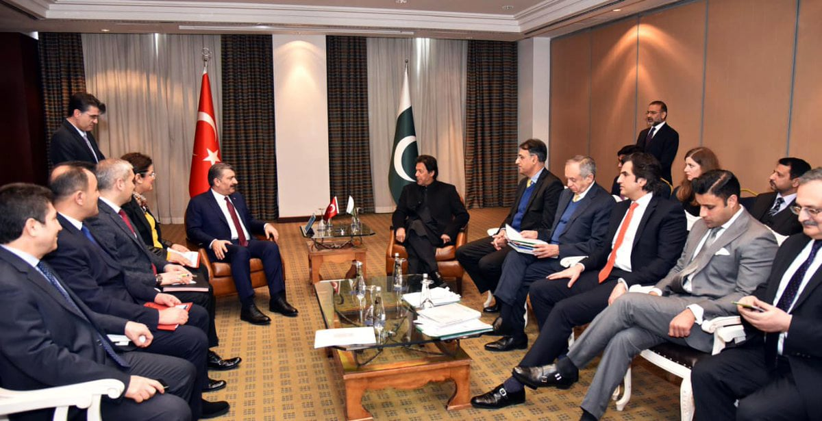 Prime Minister Imran Khan says it is time for Pakistan and Turkey to take their bilateral trade to new heights. —PID