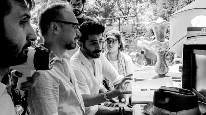 Sheheryar Munawar and Asim Raza inbetween takes. Photo: Facebook/PareyHutLove