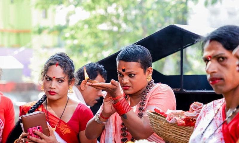 ہندو ازم میں مخنث افراد کا ذکر ملتا ہے، سادھو—فوٹو: کنر اکھاڑا فیس بک