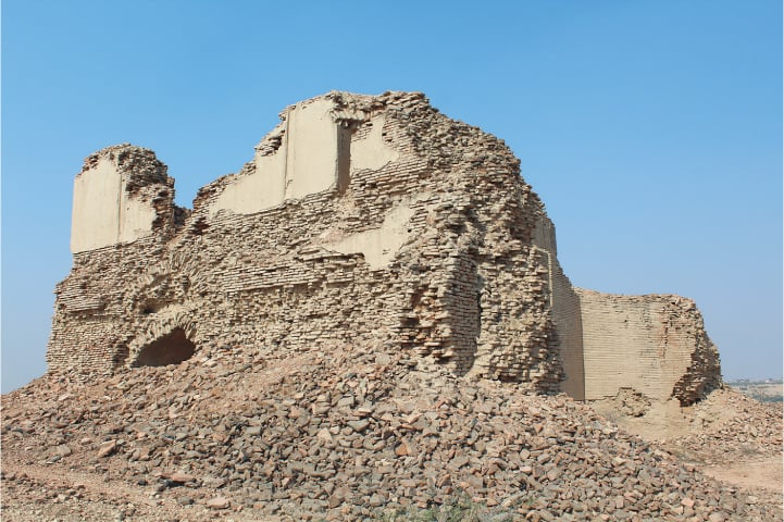 Ruins of the mosque said to be built during the time of Jam Tughlaq