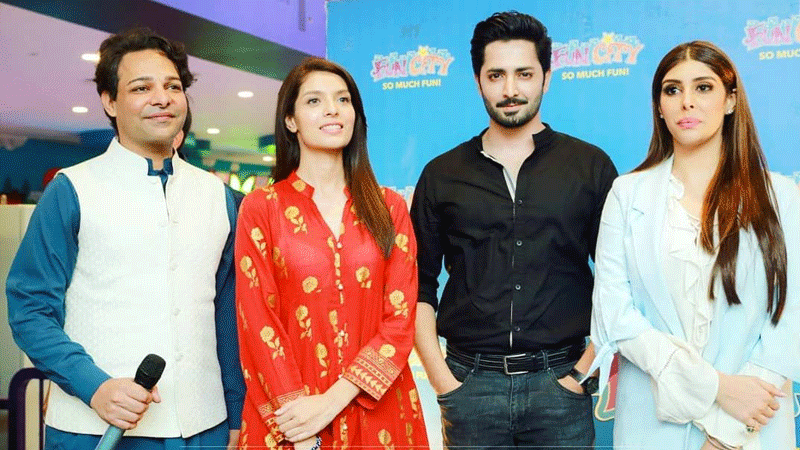 Cast of Wajood.